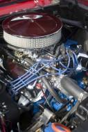 Wymiana filtru paliwa i powietrza w Fordzie Focusie MK1.  Fot. Fotolia