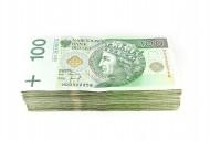 Czy darowizna pieniężna dla najbliższych zawsze musi być przelana na konto obdarowanego, aby była zwolniona z podatku?